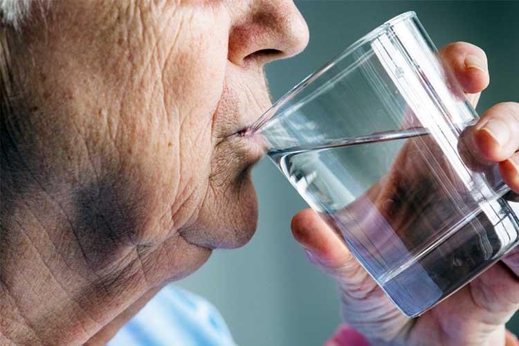 پیشگیری و مدیریت یبوست در سالمندان