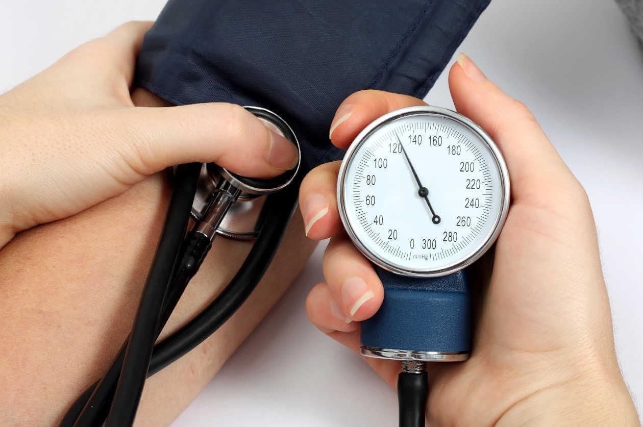 فشار خون پزشک خانواده