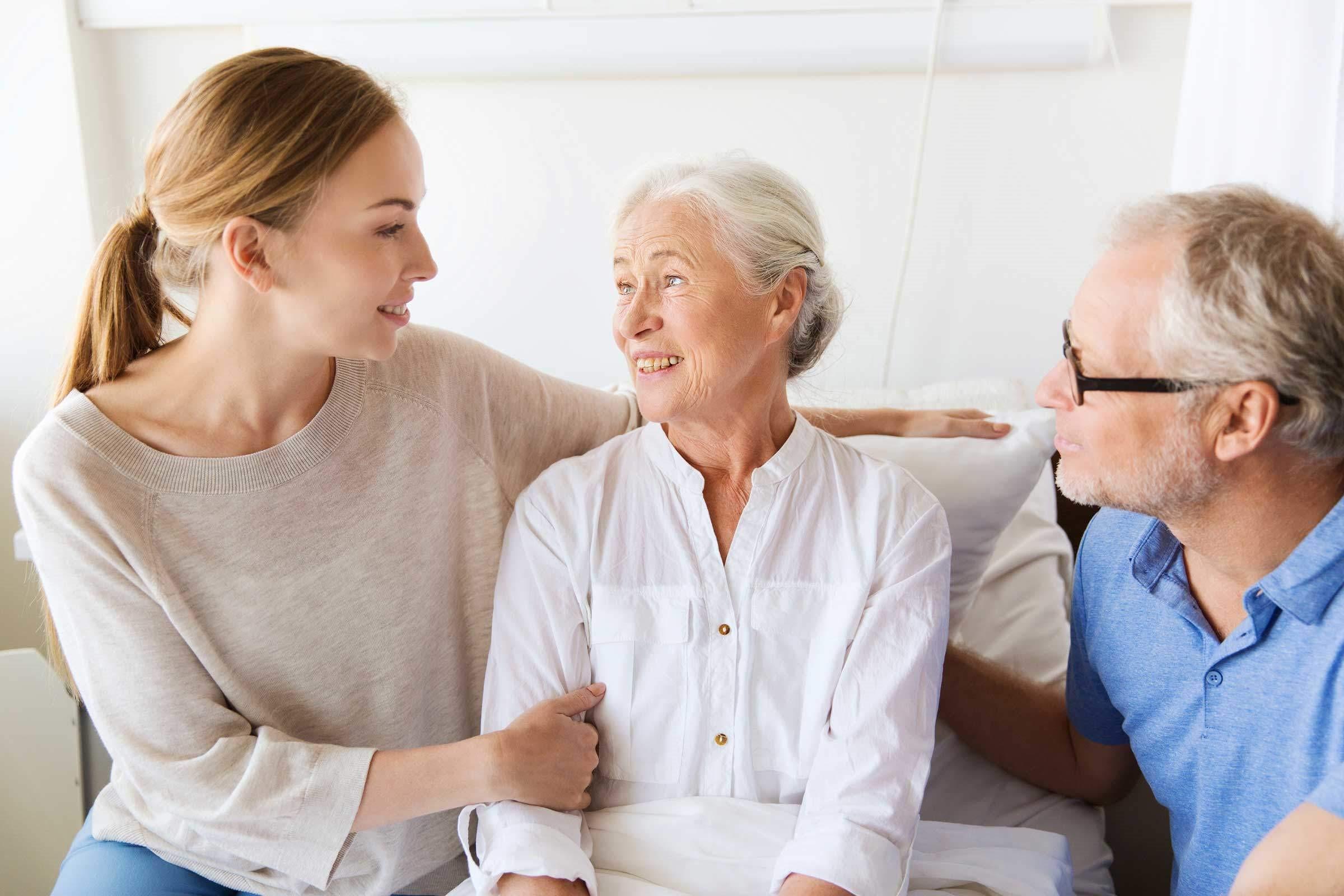 کنار آمدن با مشکل اختلال خواب در بیمار مبتلا به آلزایمر و سایر مشکلات این بیماری