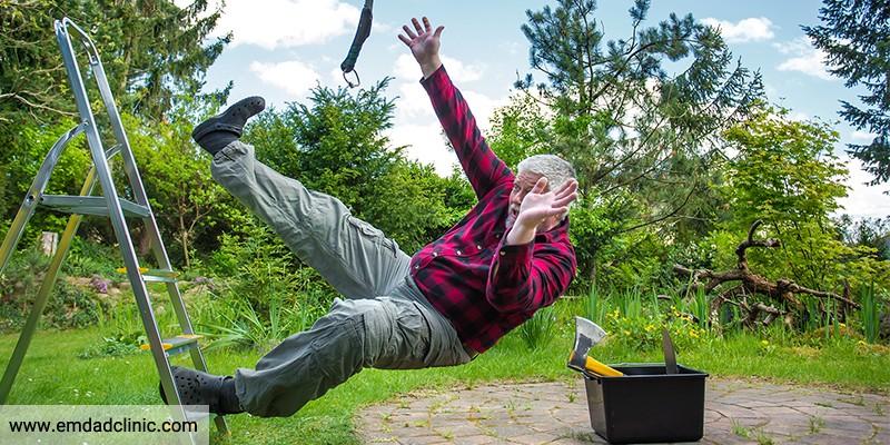 رابطه ترس از افتادن و فعالیت فیزیکی سالمندان